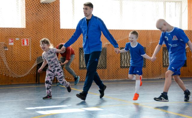 Thumbnail для -  Cбор на обеспечение футбольной команды для детей с синдромом Дауна